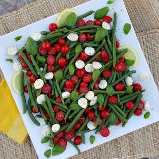 Summertime Caprese Green Bean Salad