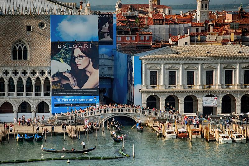 Mini-turisti (e maxi-testimonial) di FGfoto