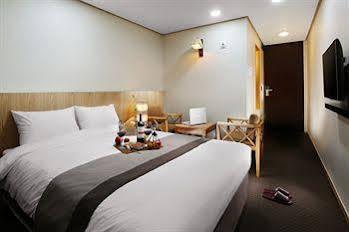 Golden City Hotel Dongdaemun
