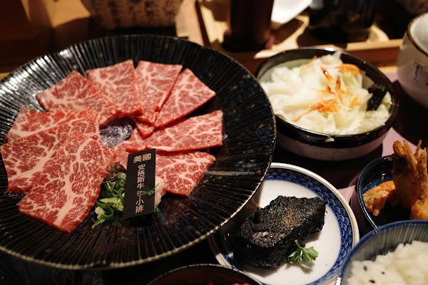 東港強 和牛燒肉定食 桃園藝文店.日本A5和牛定食,最便宜套餐299元!