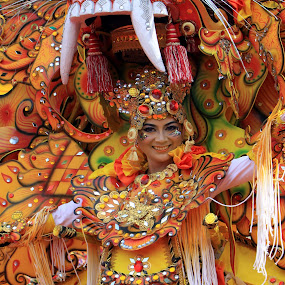 re barong kuning  by Agoes Santoso - News & Events Entertainment
