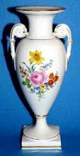 Photo: Meissen Porcelain Amphora Crystal Porcelain Ware Shop www.crystalporcelainwareshop.com