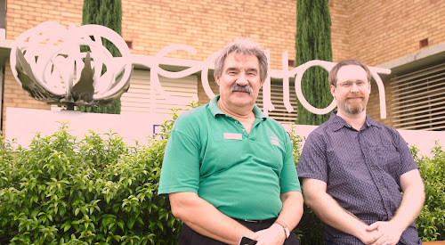 Narrabri Tafe's Richard Baranski and Cotton Research and Development Corporation IT manager Peter Harvey are among the committee members on the Narrabri Shire Science Hub.