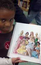 Photo: Kaleya w/ the Comic-Con book. Some people REALLY are into the cos-play!