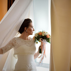 Wedding photographer Elena Raevskaya (leonflo). Photo of 20.12.2017