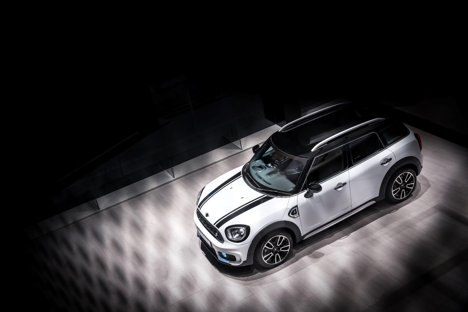 2021 MINI Countryman Blackline
