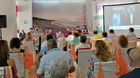 Paqui Iglesias seguirá al frente de la Unión de Pequeños Agricultores