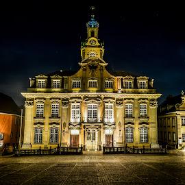 City hall of Schwaebisch Hall - Germany by Jens Klappenecker-Dircks - Buildings & Architecture Public & Historical
