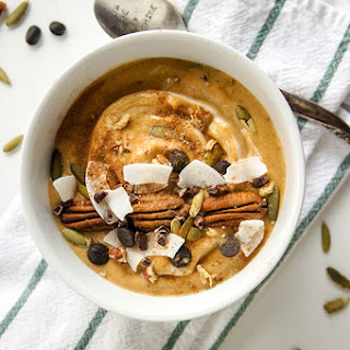 Pumpkin Spice Latte Smoothie Bowl