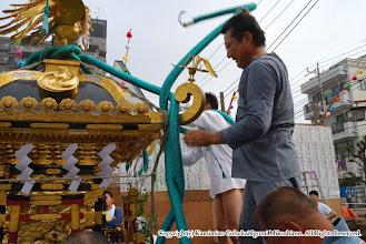 Photo: 【平成20年(2008) 本宮】  いよいよ本宮。ちょっとしたコツがいる化粧紐の飾り付け。