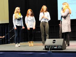 Photo: Firmenpräsentation auf der Messebühne