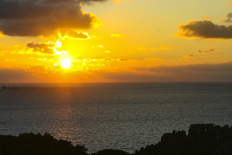 il tramonto passa in un attimo e poi ritorna di fantinferruccio