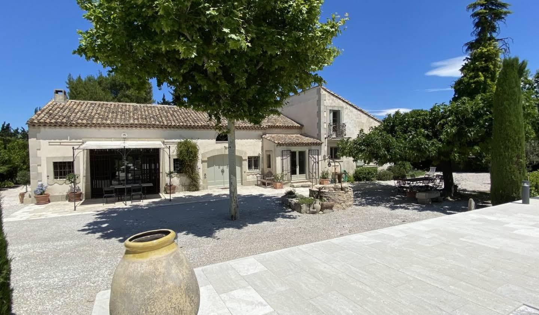 Villa avec piscine et jardin Eygalières