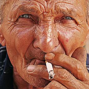 Old smoker by Milan Milosevic ヅ - People Portraits of Men ( cigarette, old, smoker, men, nikon, people, man, eyes )