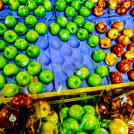 Healing Fruits by Carlo McCoy - Instagram & Mobile Android ( red, green, fruits, golden, fresh, apples,  )