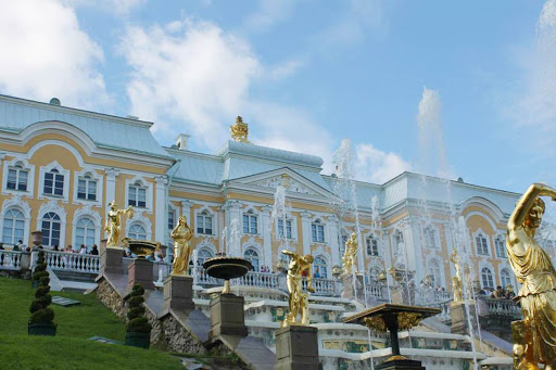 peterhof-palace-russia.jpg - The opulent exterior of Peterhof Palace in Russia, named after Peter the Great.