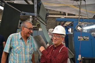 Photo: Gilberto y José Eddy departiendo sobre energía en TERMILENIO