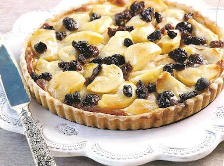 Apple Raisin tart Recipe
