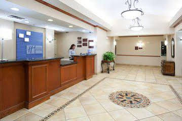 Holiday Inn Express and Suites Ft Collins