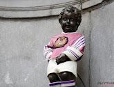 📷 Manneken Pis aux couleurs du derby bruxellois