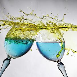 Smashing splash by Peter Salmon - Artistic Objects Glass ( colour, water, splash, glasses, pour )
