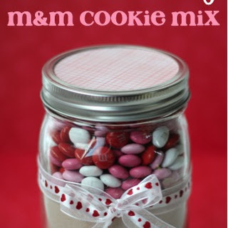 Valentine's Day M&M Cookie Mix in a Jar!