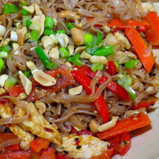 Brown Rice Noodles with Spicy Peanut Sauce Recipe