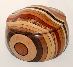 Photo: h14 cm b 22 cm diverse houtsoorten 245= euro