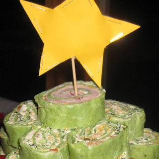 SPINACH TORTILLA ROLL-UP TREE.