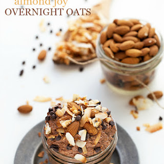 {Healthy} Almond Joy Overnight Oats