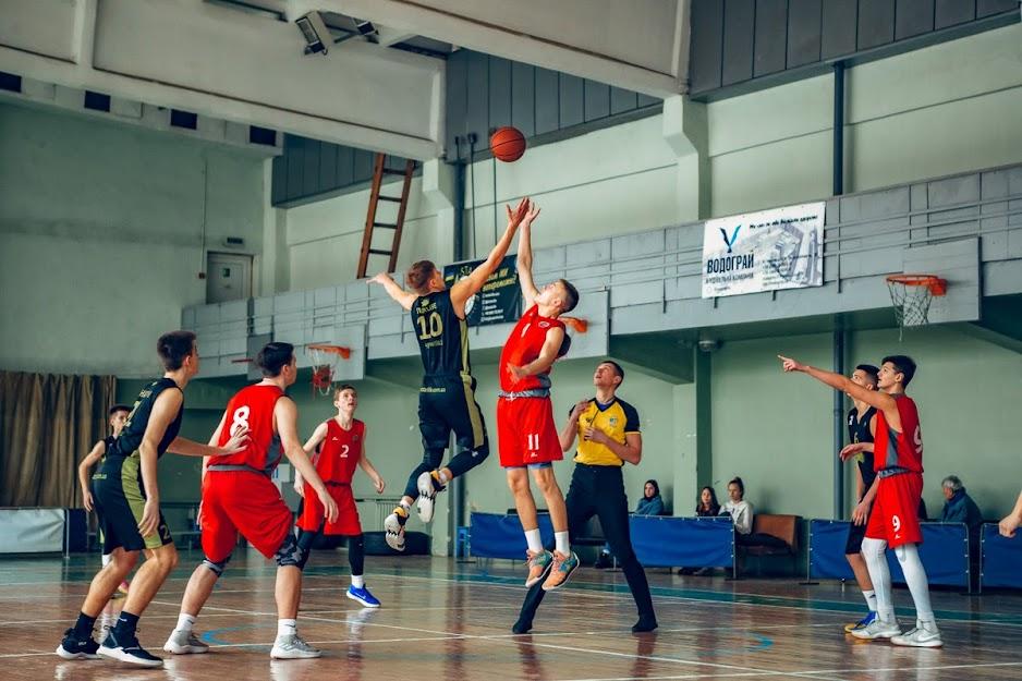 Баскетбол: ВЮБЛ 2019-2020. Дивізіон «Б» (2003 р.н.). «ЧОДЮСШ-CHE-BASKET» — КДЮСШ-1 (Луцьк) 91:81. Фото Ірини Химич