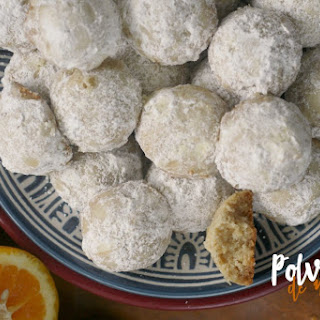 Polvorones de Naranja (Orange Shortbread Cookies)