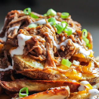Cheesy Potato Wedges with Pulled Pork.