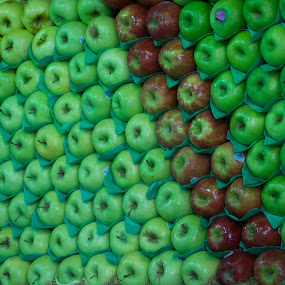 Orderly Apples by VAM Photography - Food & Drink Fruits & Vegetables ( grocery, fruit, nature, food, apples, nyc,  )