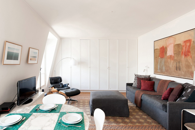 Living area at Rue Dupont des Loges - 7th Arrondissement