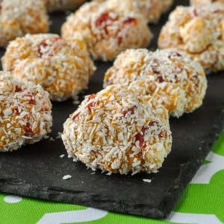 Cherry Marshmallow Balls - easy, no-bake, delicious!