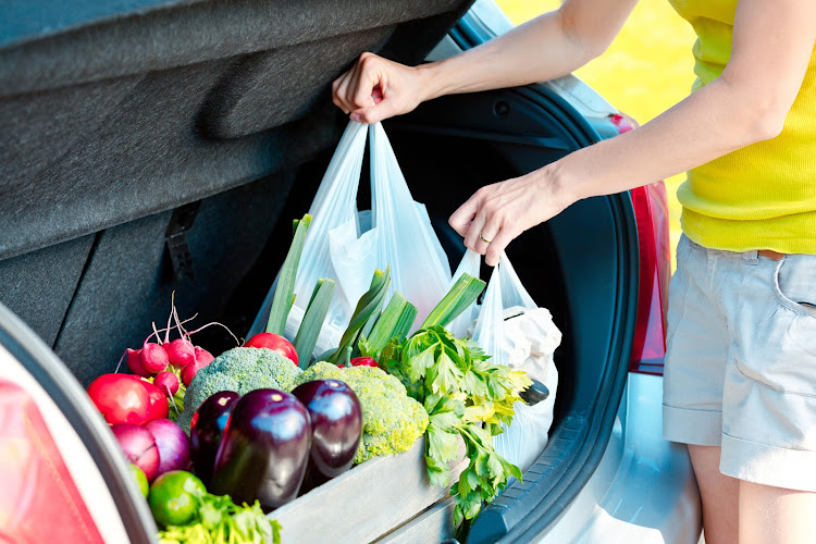 Could a conveyor belt system be the solution to easier grocery retrieval from the trunk?