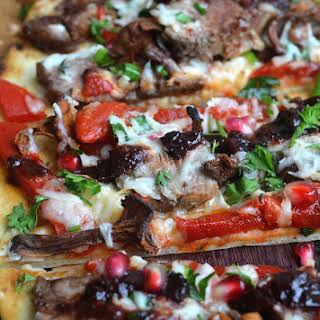 Steak Mushroom & Roasted Red Pepper Flatbread.