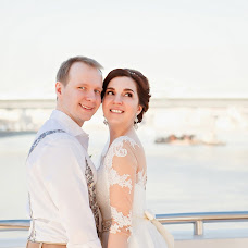 Wedding photographer Evgeniy Merkulov (merkulov). Photo of 18.04.2018