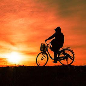 pulang dari kerja by Nengah Sukastara - Landscapes Sunsets & Sunrises