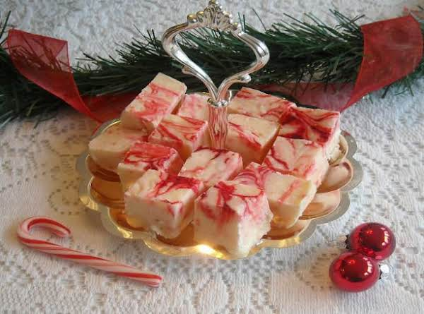Candy Cane Fudge - Great For Christmas.