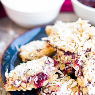{Super Simple} Raspberry-Coconut Oatmeal Squares Recipe