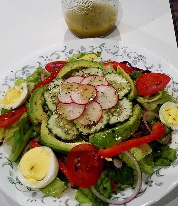 ~ Simple Tasty Salad ~ Cassies