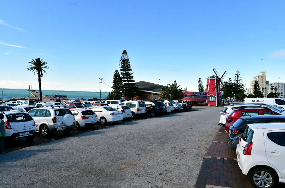 Nelson Mandela Bay beaches closed amid virus fears - HeraldLIVE