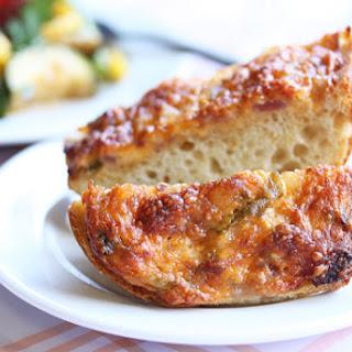 Wisconsin Farmhouse Gooey Cheddar Bread