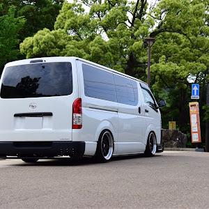 ハイエースバン TRH200V SUPER GL 2018年式のカスタム事例画像 keiji@黒バンパー愛好会さんの2020年05月24日10:20の投稿