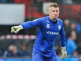 Voormalige doelman Gent neemt emotioneel afscheid
