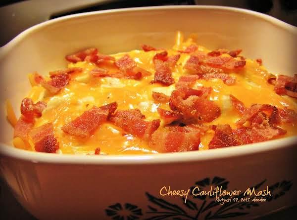 Cheesy Cauliflower Mash