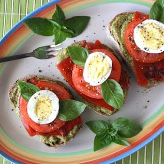 Garden Pesto Tomato & Egg
