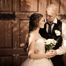 Wedding photographer Alya Luganchenko (Lalenia). Photo of 12.11.2013